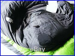 NORTH FACE SUPERLIGHT 0 F DOWN SLEEPING BAG. REGULAR RIGHT HAND ZIP
