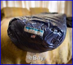 UL Western Mountaineering MegaLite Down 30 Degree Sleeping Bag XL 6'6 Navy Blue