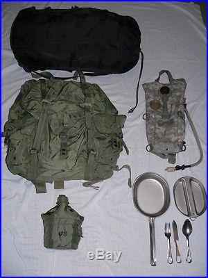 US Military sleeping bag + Camelbak + MessKit + Medium ALICE Pack + Free canteen