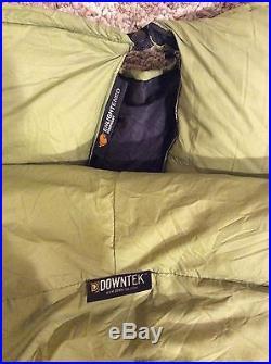 Ultralight Enlightened Equip Down Sleeping Bag 21Oz 30 Deg & Zpacks Sac