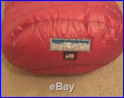 Western mountaineering Alpinlite 20 degree sleeping bag